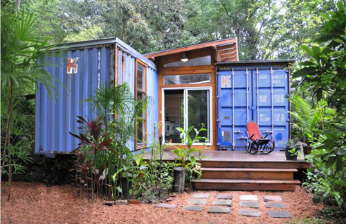 Houses made from super nice container, saving